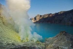 Kawah Ijen Crater Tour